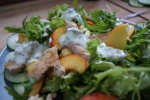 Nektarinen Salat