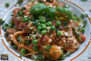 Nudeln mit Tomaten Ricotta Soße
